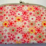 Pink coin purse with 2 comp..